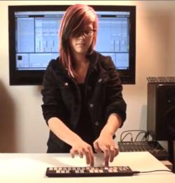 qunexus-keyboard-in action