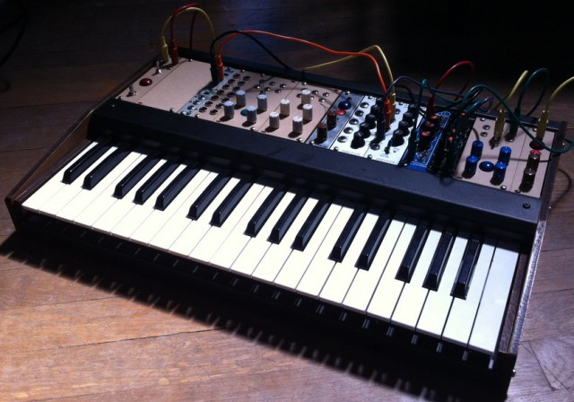 super-synthesis-controller