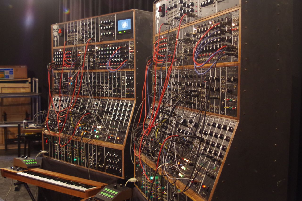 keith emerson modular synthesizert20 synthtopia. Black Bedroom Furniture Sets. Home Design Ideas