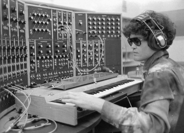 micky dolenz monkeys with the moog modular synthtopia. Black Bedroom Furniture Sets. Home Design Ideas