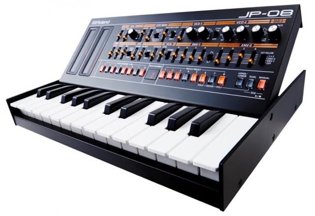 roland-jp-08-keyboard