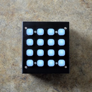 Livid_Instruments_button_box