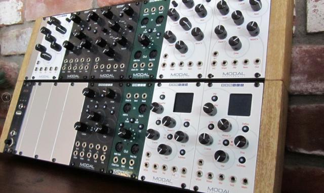 modal-euro-modules-in-case
