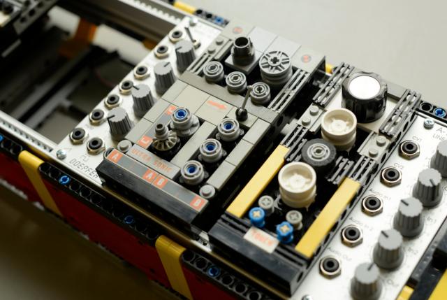 lego-block-eurorack-case-modules