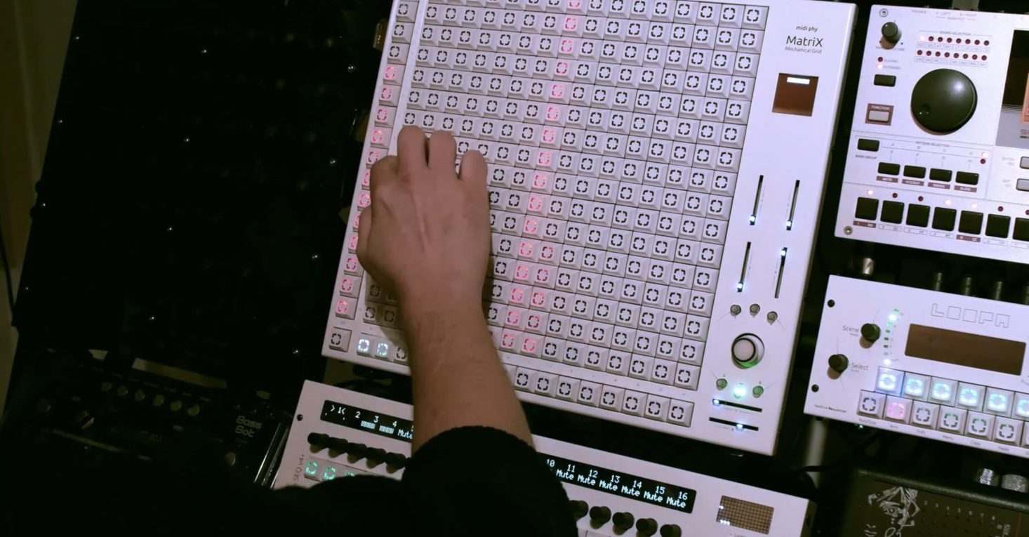 midiphy MatriX Mechanical Grid Graphical Sequencer (Sneak Preview)
