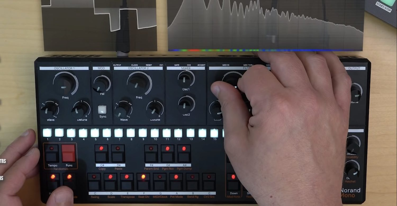 Norand Mono Analog Synthesizer In Depth Demo